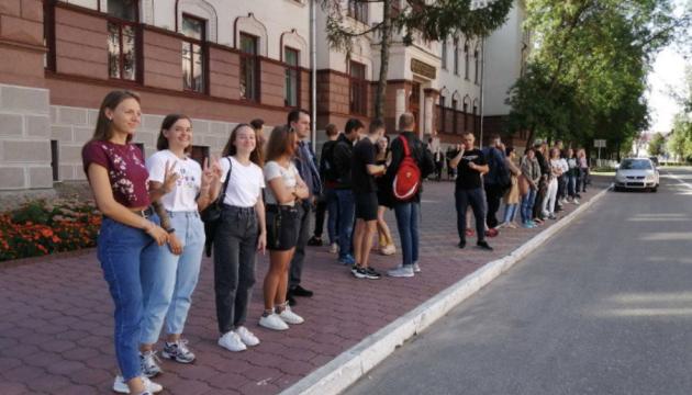 В Витебске и Минске начали задерживать студентов после участия в акции