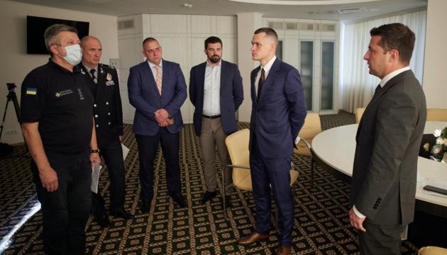 Зеленський провів нараду щодо пожежі на Харківщині