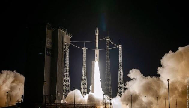Виготовлена за участю України ракета Vega вивела на орбіту десятки супутників