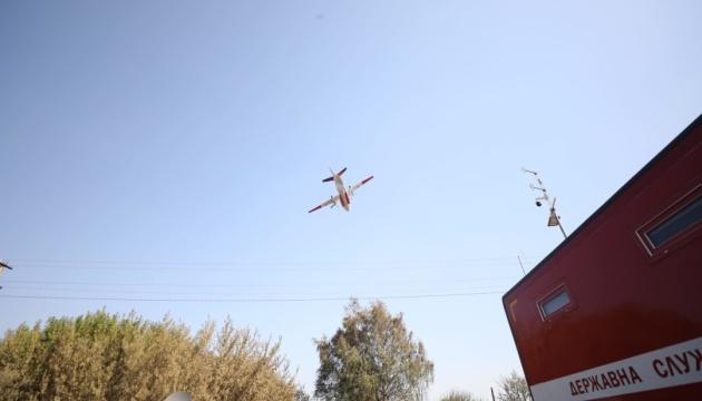 Пожежі на Харківщині і Луганщині гасять з літаків
