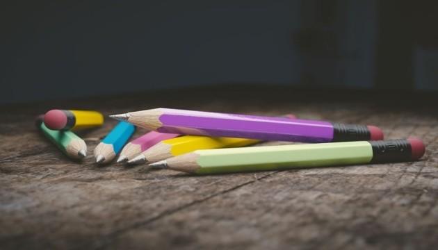 Школы в ковидных условиях: как за рубежом?