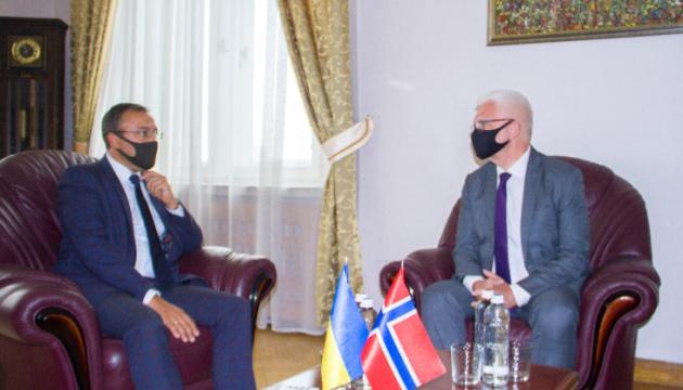 Exteriores cuenta con el apoyo activo de Noruega a las iniciativas de Ucrania en la ONU