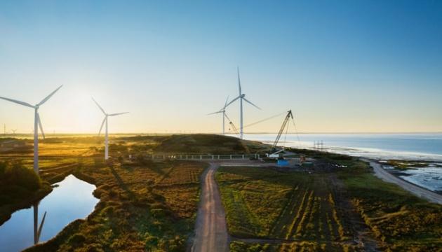 Apple построит крупнейшие в Европе наземные ветряки