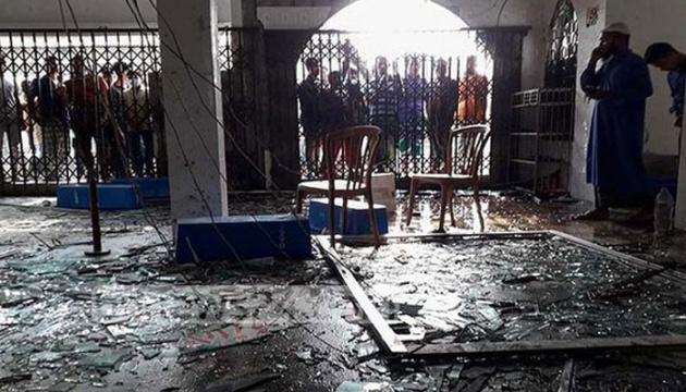 Количество погибших от взрыва в мечети в Бангладеш возросло до 24