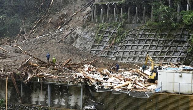 В Японії – другий за тиждень тайфун, понад пів сотні постраждалих