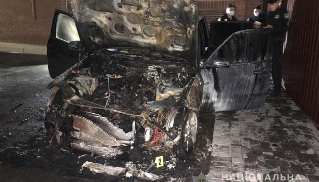 Поджог авто Лероса: адвокаты настаивают на допросе Зеленского, Ермака и Богдана