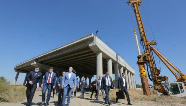 Криклий ищет источники финансирования для реконструкции аэропорта