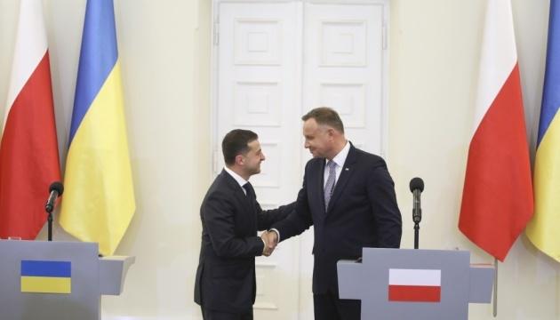 ゼレンシキー大統領、ドゥダ・ポーランド大統領と電話会談 ドンバス情勢や4国会合を協議