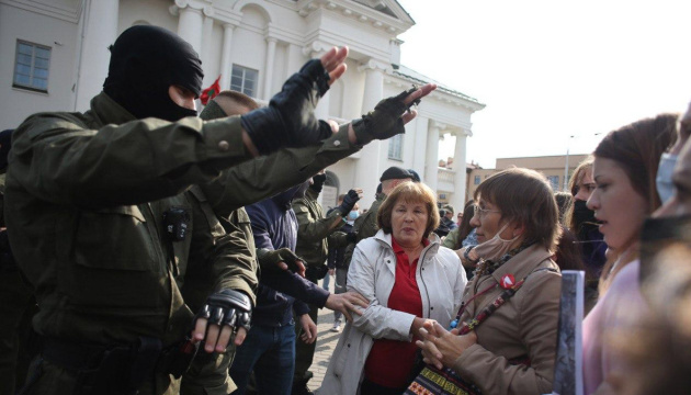 На субботних акциях протеста в Беларуси задержали почти 70 человек