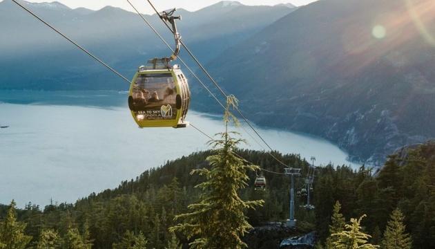 В Канаде злоумышленники разрушили популярную туристическую аттракцию