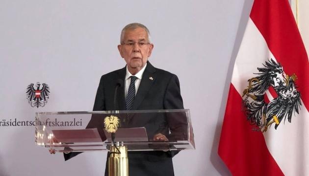 Уряд Білорусі має зважати на застороги минулого щодо застосування сили – президент Австрії