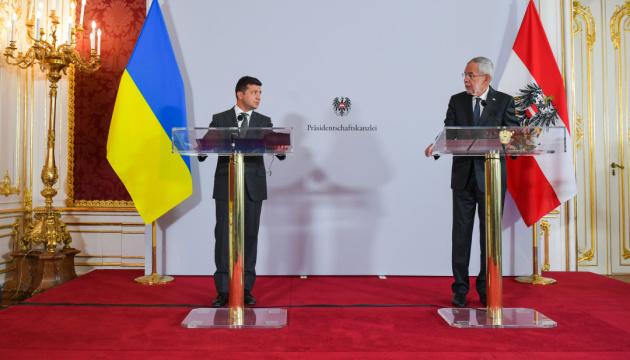 ゼレンシキー大統領「ウクライナとロシアの『関係』について話すのは時期尚早」