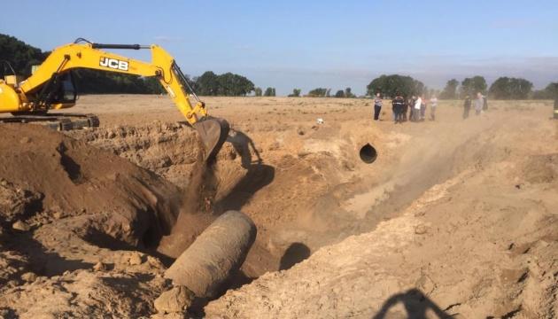 Возле Чабанов продолжаются восстановительные работы на газопроводе