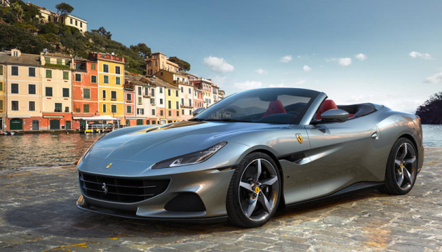 """До """"сотні"""" за 3,45 секунди: Ferrari представила новий суперкар"""
