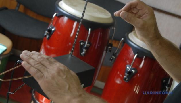 Терменвокс: дивовижні історії з музичної скриньки
