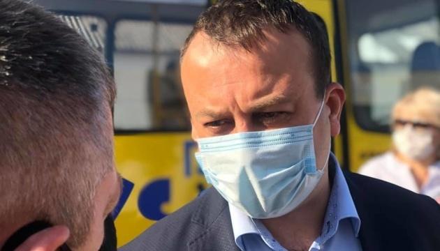 Освітні заклади Вінниччини отримали 25 нових шкільних автобусів