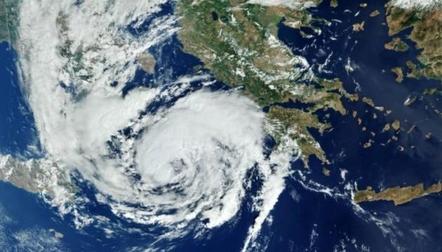 Західну Грецію накрив потужний шторм Янос