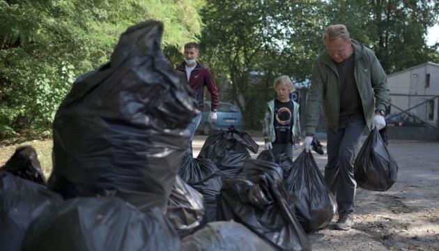 На Львівщині до World Cleanup Day провели майстер-класи з сортування сміття