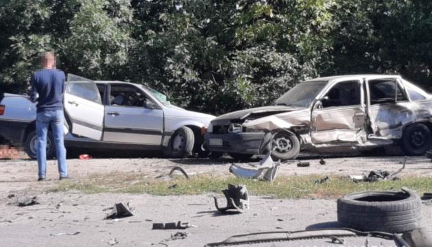 На Вінниччиніі сталася потрійна ДТП: двоє загиблих, двоє дітей травмовані