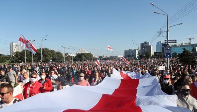 Марш справедливості у Мінську зібрав понад 100 тисяч осіб - ЗМІ