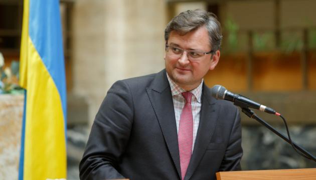 Kuleba invita a la nueva Secretaria General de la OSCE a visitar Ucrania