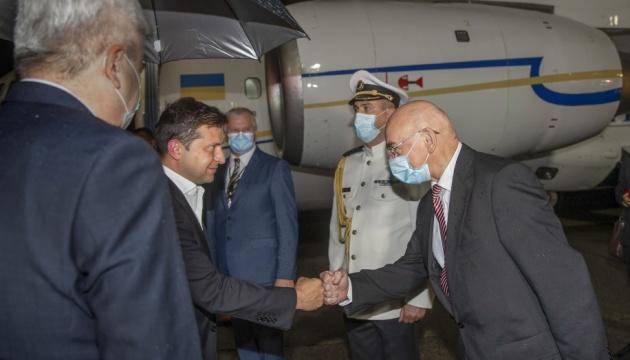 Зеленський розпочав офіційний візит до Словаччини