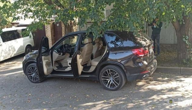 В центре Харькова стреляли в женщину и похитили ее авто, в городе - операция