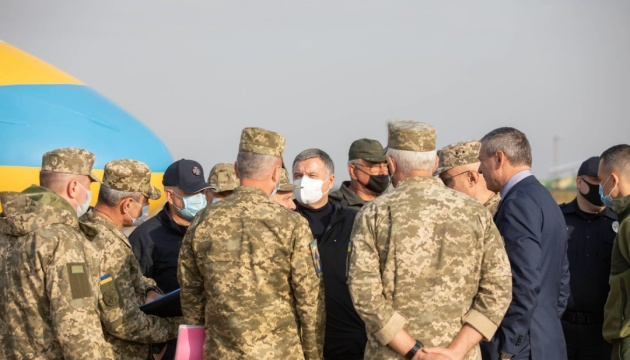 На Харьковщине начала работу комиссия по расследованию причин катастрофы самолета Ан-26