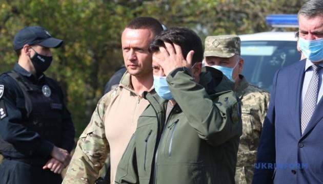 Зеленський прибув на Харківщину й пообіцяв допомогу родинам загиблих та постраждалих