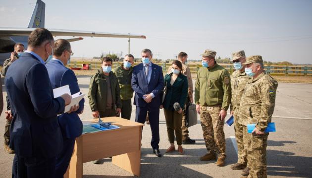 Зеленський доручив «поставити на паузу» навчальні польоти Ан-26 та їх аналогів
