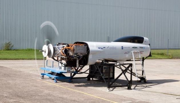 Rolls-Royce має намір створити найшвидший у світі електролітак