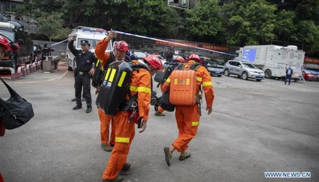 У Китаї через пожежу на шахті стався викид газу, є загиблі