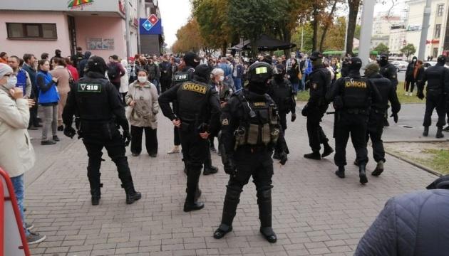 Репетиція народної інавгурації: Мінськ майже повністю перекрили силовики