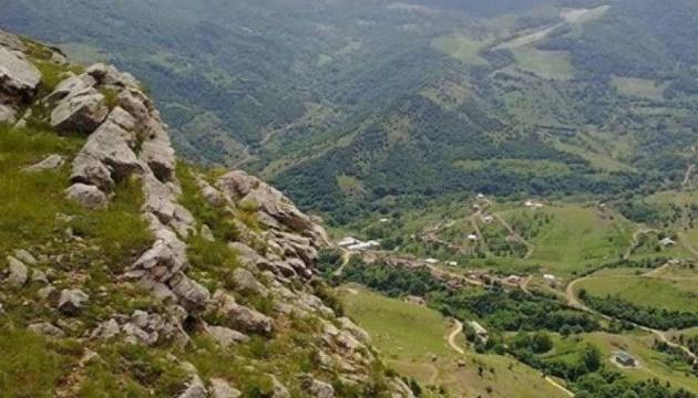 Українцям рекомендують не їхати до регіонів поблизу Нагірного Карабаху