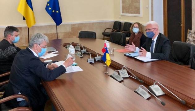 Ткаченко обговорив з послом Норвегії новий законопроєкт про туризм