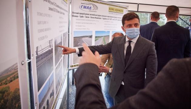 На Вінниччині цьогоріч планують відремонтувати понад 100 кілометрів доріг