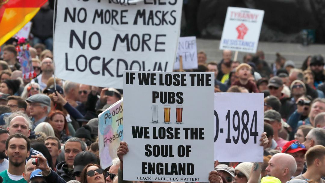 Британія: посилює обмеження на півроку