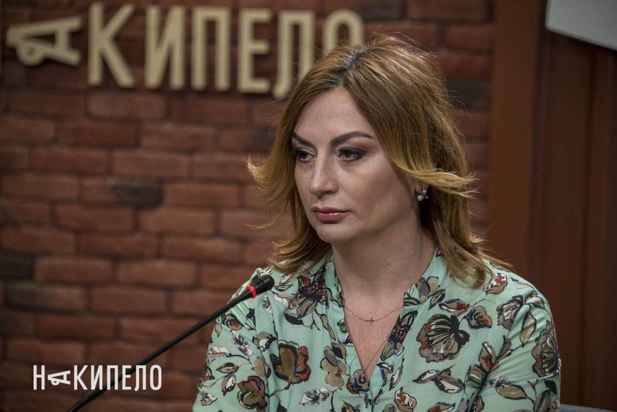 Олена Шержукова