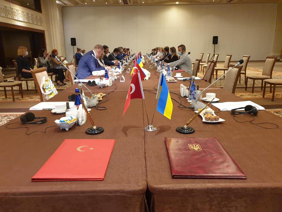 Украина и Турция договорились о совместных проекты по развитию туризма