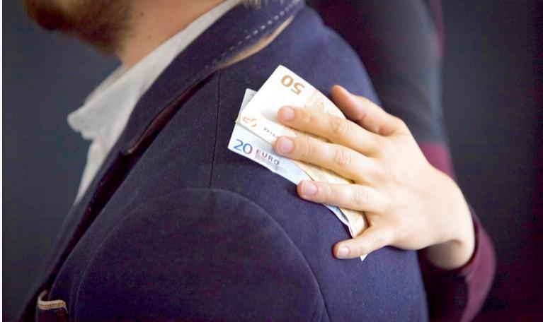 У Фінляндії за хабар передбачений штраф або позбавлення волі
