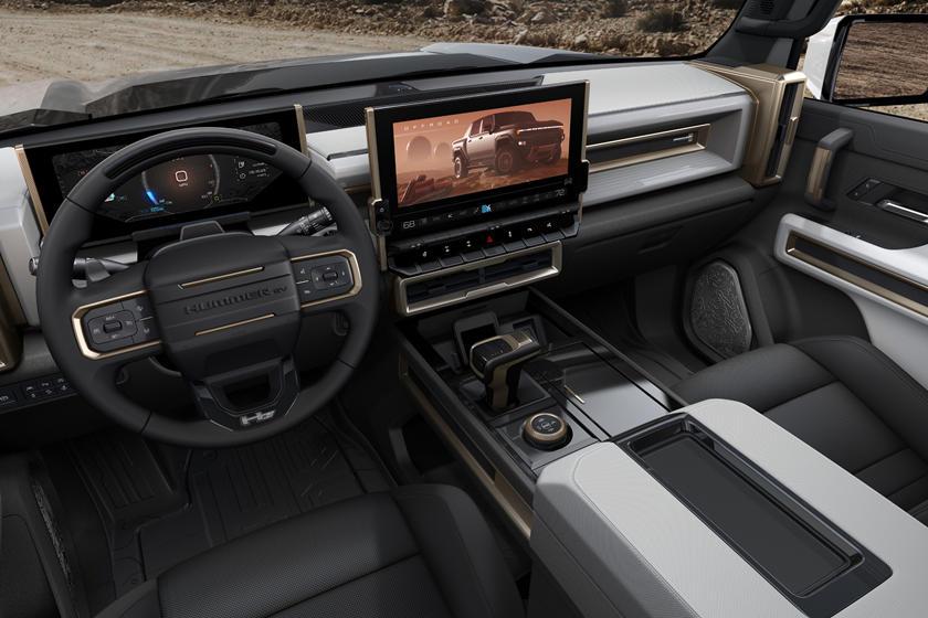 В США представили электрический Hummer на тысячу «лошадей»