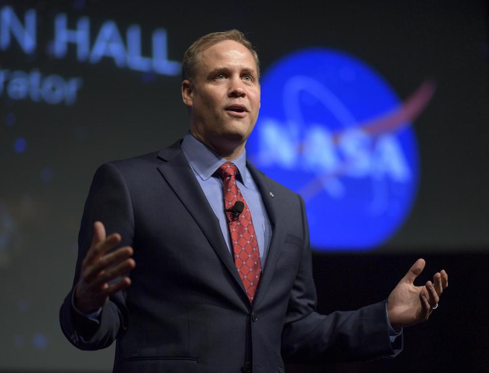 Джим Брайденстайн / Фото: NASA/Bill Ingalls
