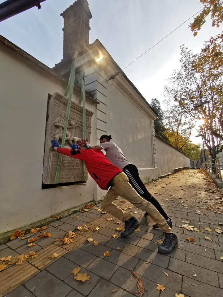 Во Львове отреставрировали рельефы костела святого Лазаря ХVИИ века