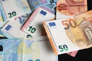 У підвалі будинку в Парижі знайшли більше 500 тисяч євро