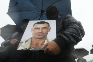 Донька ветерана, який вчинив самоспалення на Майдані, вимагає зустрічі з Зеленським