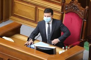 Українське військо зможе захистити державу на суші, у воді, у повітрі та кіберпросторі - Зеленський