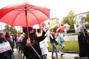 Жіночий марш у Білорусі: повідомляють про щонайменше чотирьох затриманих