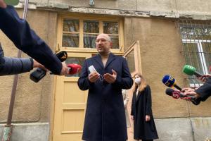 Шмигаль проголосував на виборах у Львові