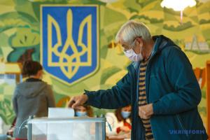 Wahlbeteiligung in Regionen Mykolaiw, Cherson und Charkiw am niedrigsten – Zentrale Wahlkommission