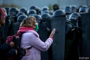 «Марш соседей» в Беларуси: силовики  задержали более 400 участников акций протеста